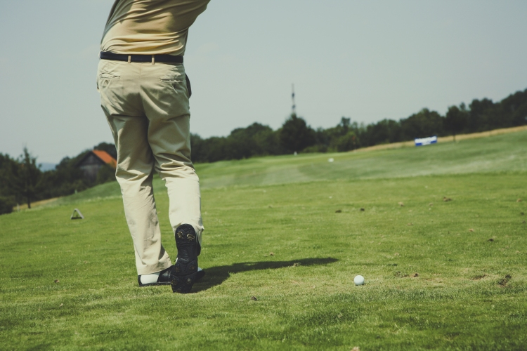 calvin golf.jpg