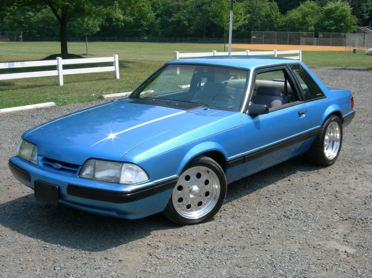 1990-ford-mustang-7